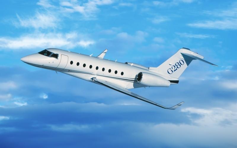 Как заказать через Cofrance SARL частный самолет