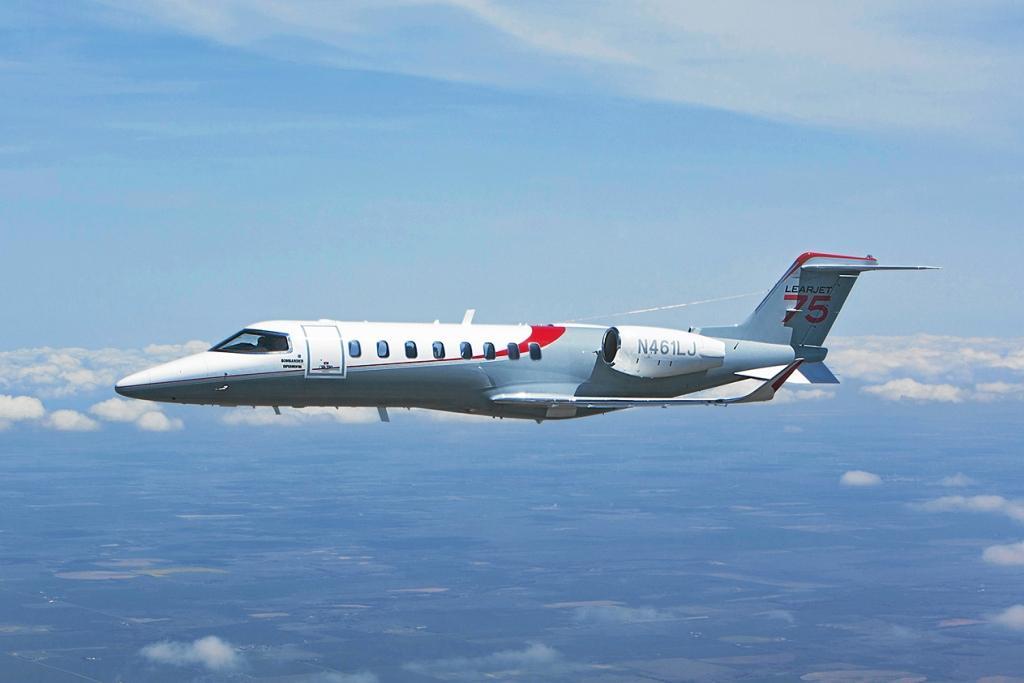 Learjet 75 появился в небе над Европой