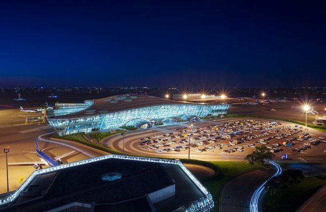 Пассажиропоток аэропорта столицы Азербайджана вырос более чем на треть